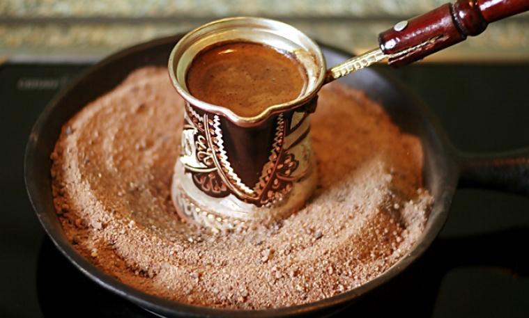 Как сварить кофе по турецки в турке